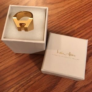 New India Hicks Heritage Ring